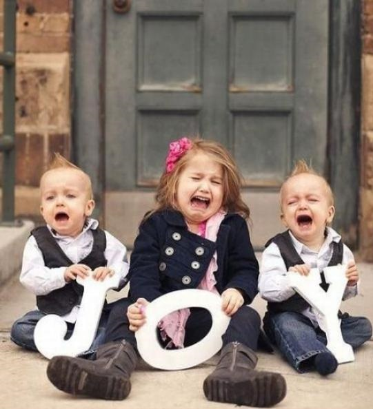 funny-pictures-children-crying-joy