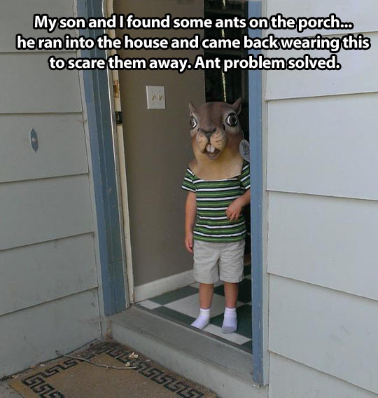 funny-pictures-kid-ant-problem-solved