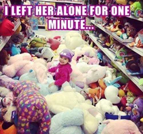 funny-pictures-little-girl-alone-for-one-minute