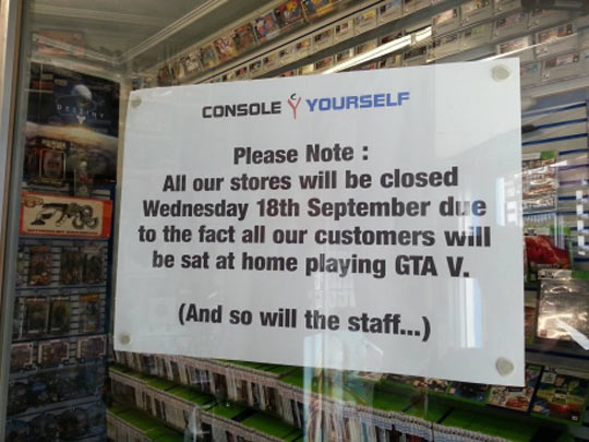 funny-pictures-gta-v-store-sign-playing
