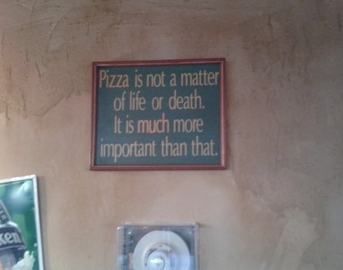 funny-pictures-pizza-sign
