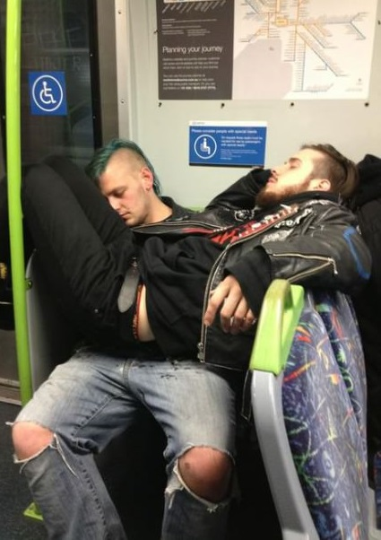 funny-pictures-punks-sleepings