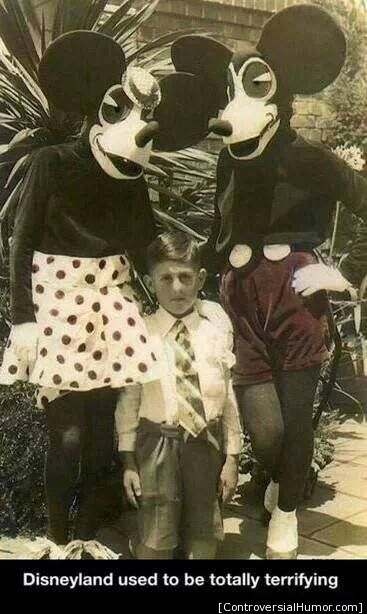 funny-pictures-terrifying-disneyland-mickey-mouse