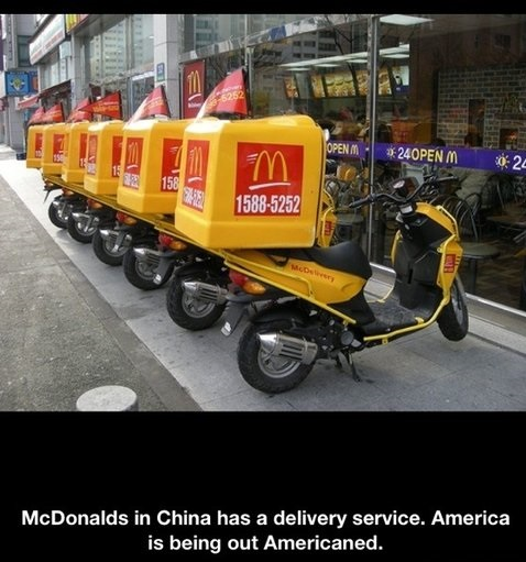 funnypictures-mcdonalds-delivery