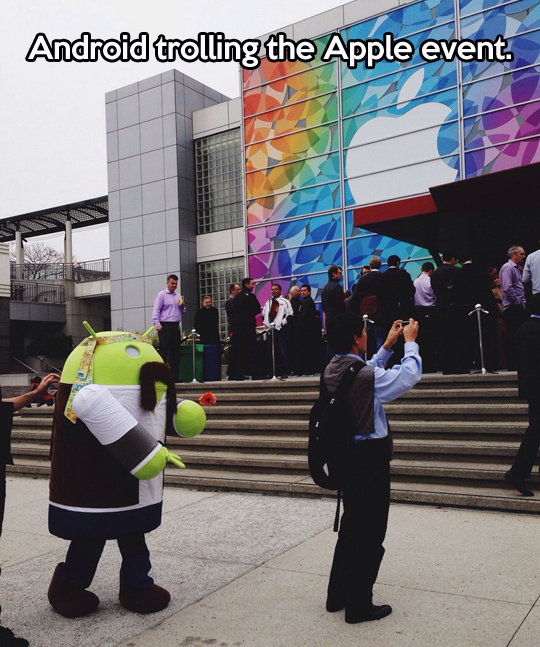 funny-picture-android-apple-event
