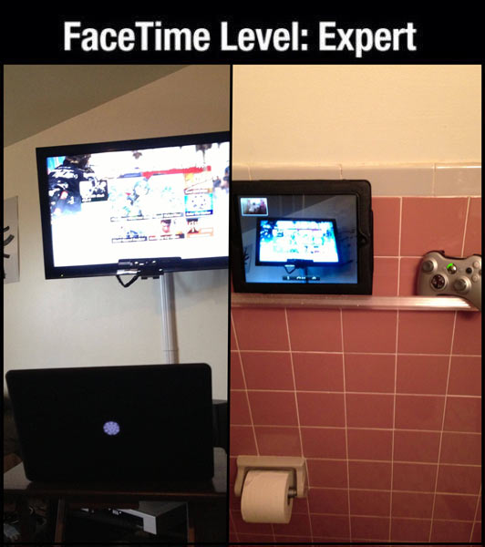 funny-picture-facetime-play-games-bathroom