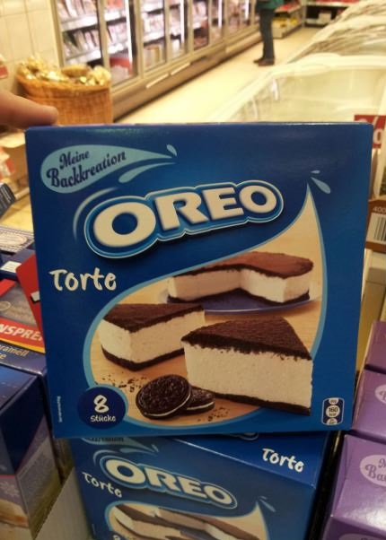 funny-picture-oreo-cake