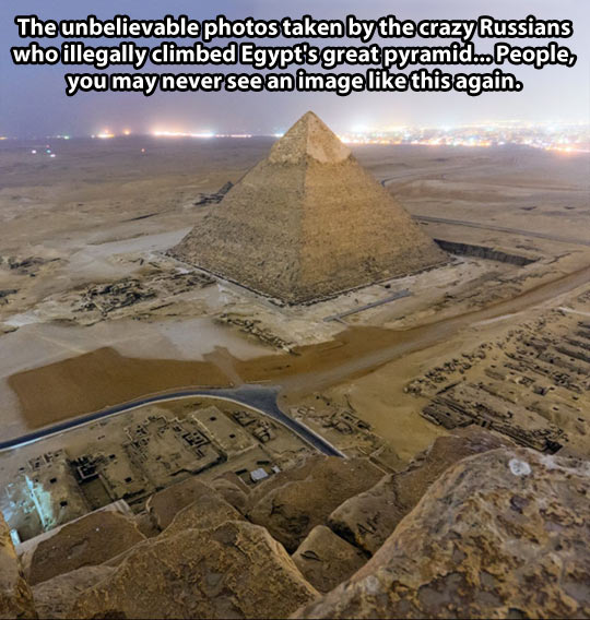 funny-picture-pyramid-Egypt-Russians-top