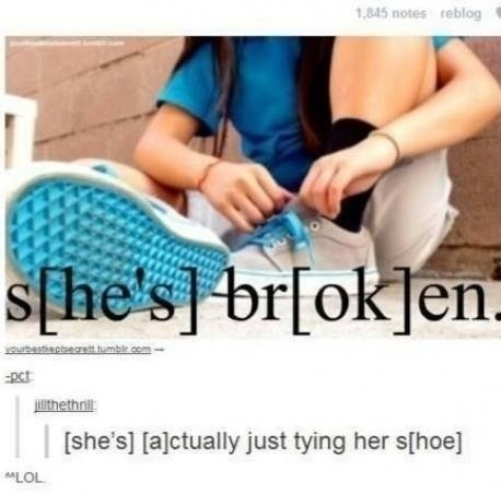 funny-picture-she-is-not-broken