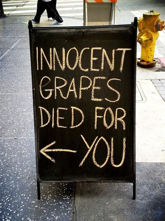 funny-picture-sign-street-grapes