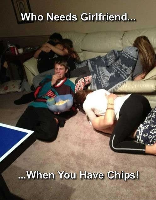 funny-picture-when-you-have-chips