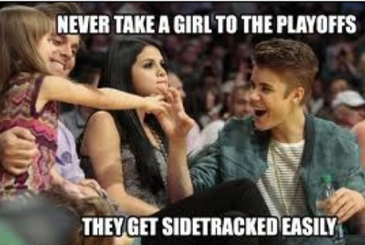 funny-picture-justin-bieber-girl-playoffs