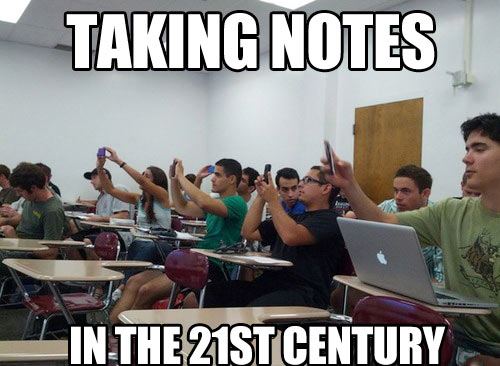 funny-picture-kids-school-cellphone-notes
