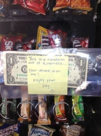 funny-picture-kindness-snack