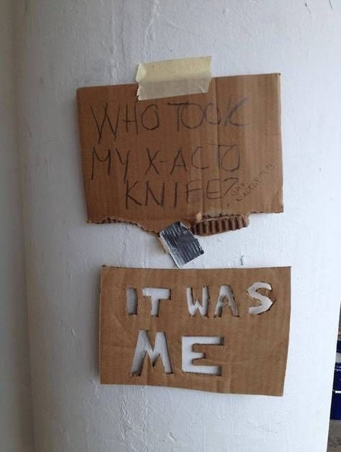 funny-pictue-knife-sign