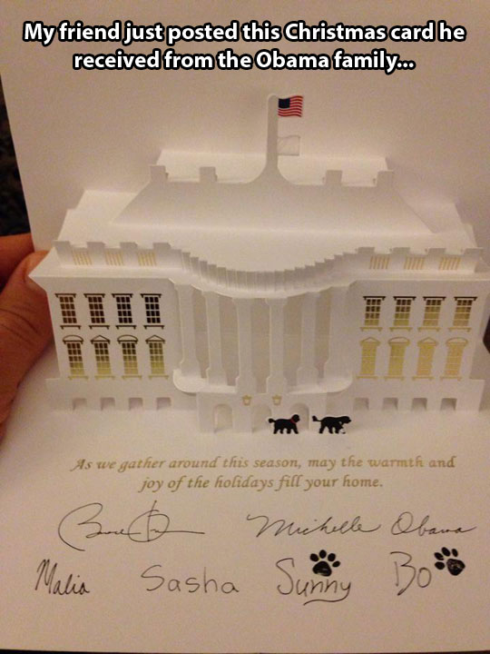 funny-picture-White-House-holiday-card-Obama-family
