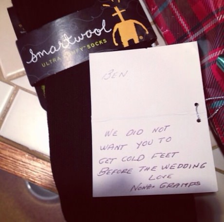 funny-picture-christmas-gift-socks