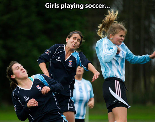 funny-picture-girls-soccer-face-play