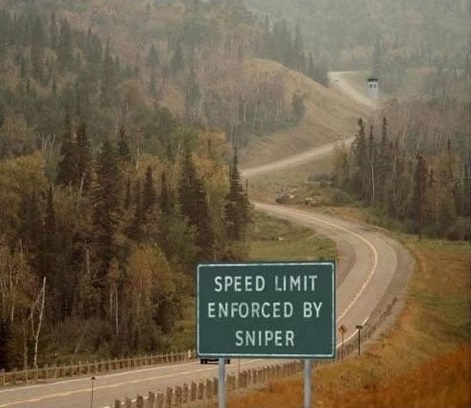 funny-picture-road-sign-speed-limit