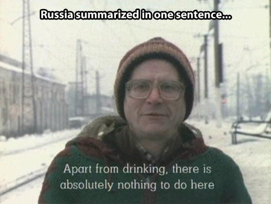 funny-picture-russia-winter-drinking-man