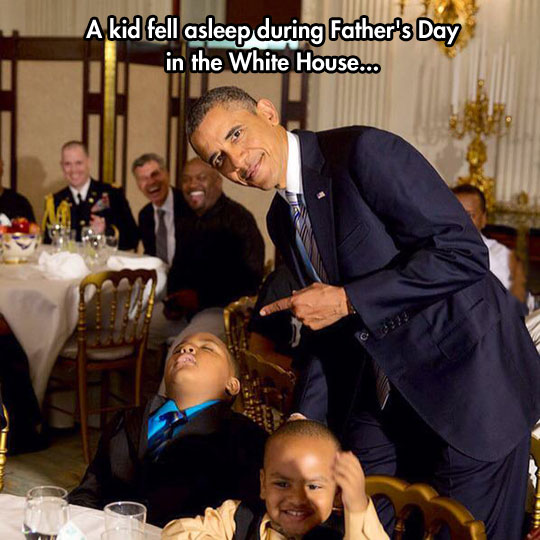 funny-picture-Obama-dinner-party-sleep-kid