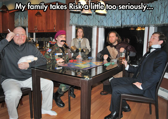 funny-picture-Risk-costume-board-game-disguise