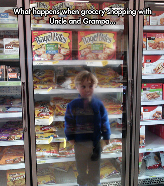 funny-picture-grocery-shop-fridge-kid