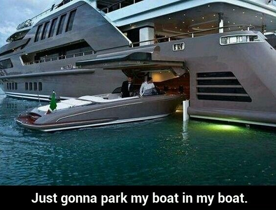 funny-picture-rich-boat-parking