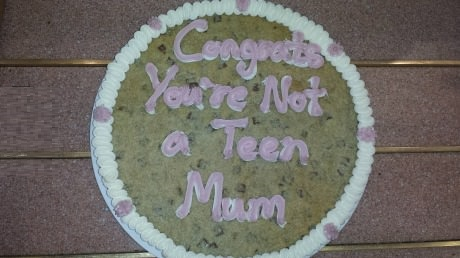 funny-picture-congrats-cake-teen-mom