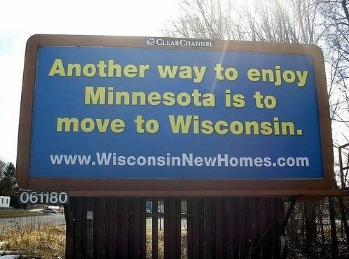 funny-picture-minnesota-sign-wisconsin