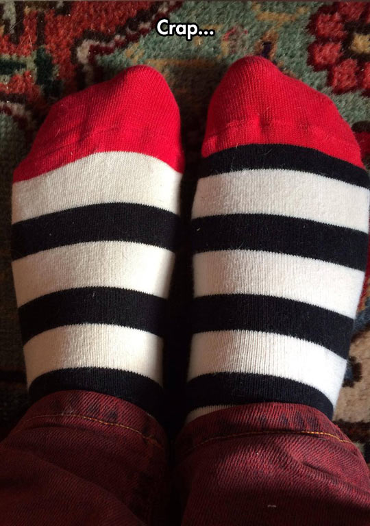 funny-picture-socks-different-colors-OCD