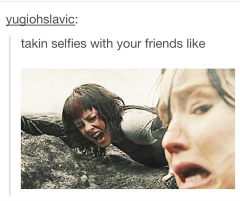 funny-picture-taling-selfies-jennifer-lawrence