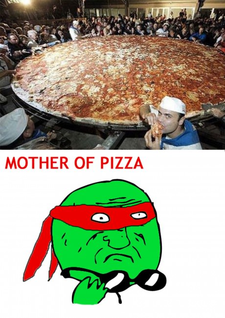 funny-picture-uge-pizza