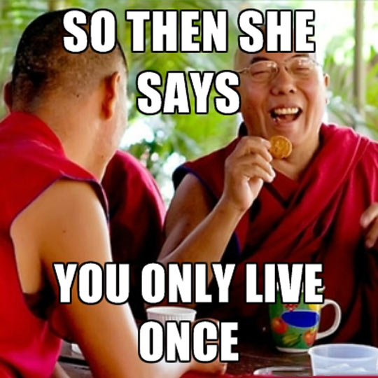 funny-picture-Buddhist-monk-laughing-joke