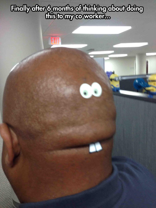 funny-picture-coworker-prank-googly-eyes-back-head