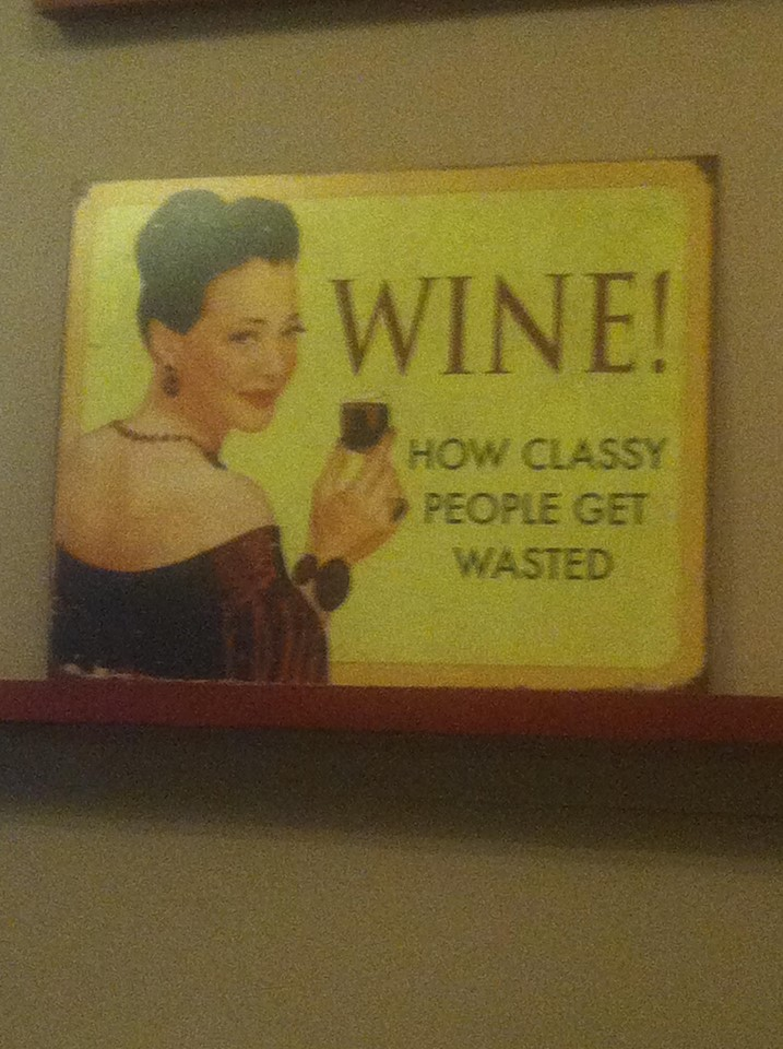 funny-picture-wine-classy-people