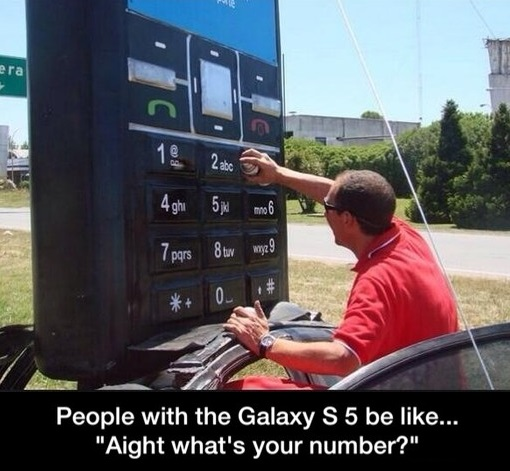 funny-picture-galaxy-huge-phone
