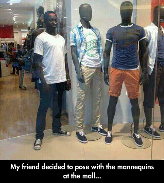 funny-picture-friend-black-mannequins-mall