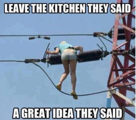 funny-picture-leave-kitchen-girl