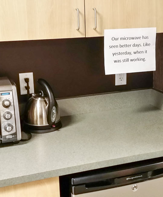 funny-picture-microwave-office-working-kitchen