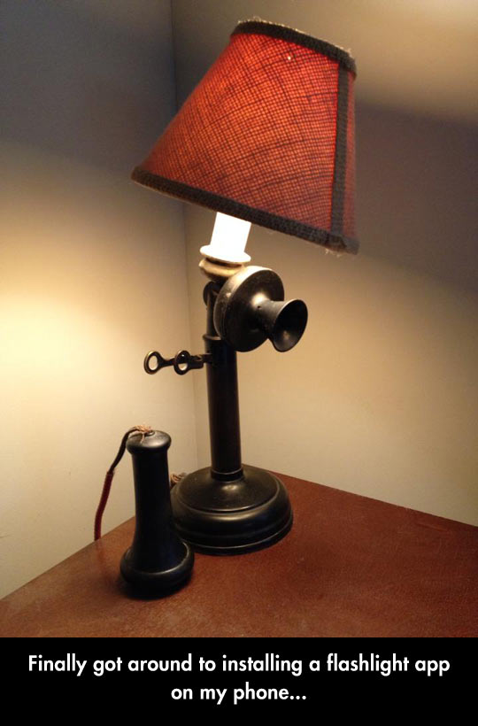 funny-picture-old-lamp-phone-app