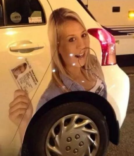 funny-picture-car-print-girl