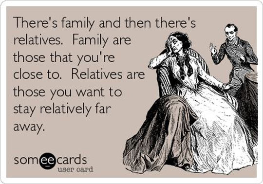 funny-picture-family-relatives-far-away