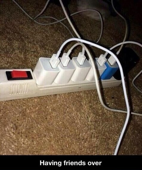 funny-picture-friends-phones-charge