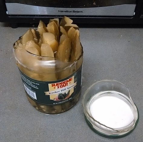 funny-picture-open-jar