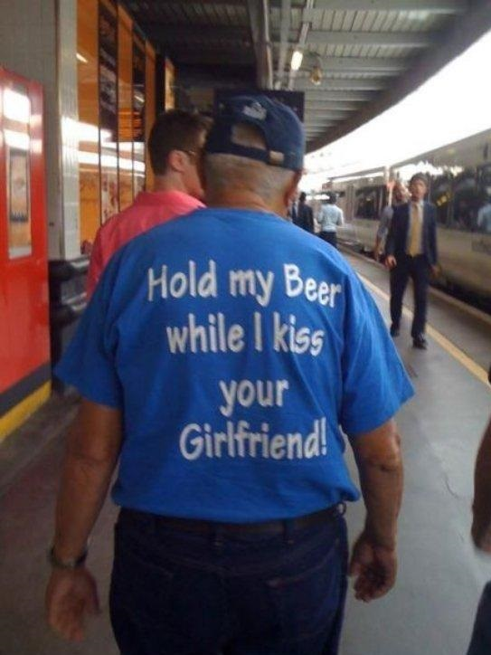 funny-picture-t-shirt-sign-grandpa