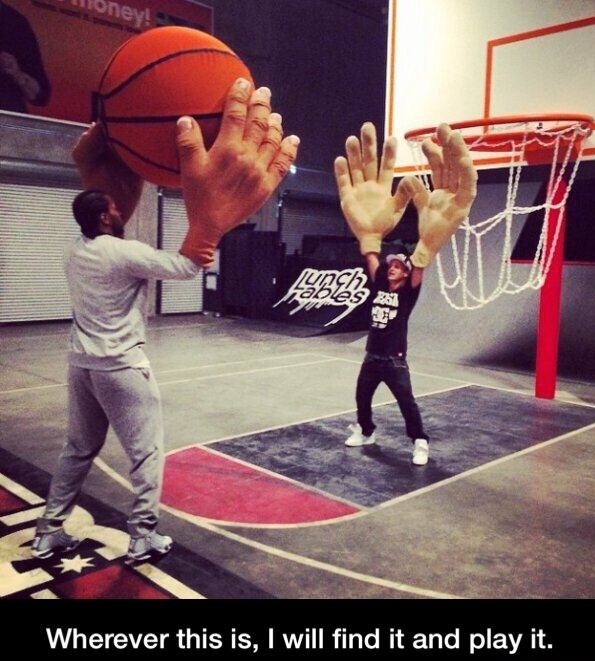funny-game-basketball-hands