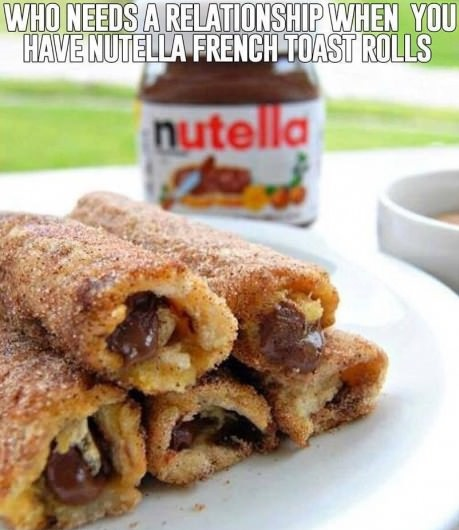 funny-nutella-relationship-toast-rolls