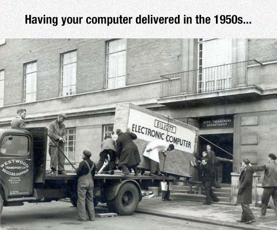 funny-giant-computer-1950-truck