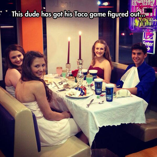 funny-Taco-Bell-guy-three-girls